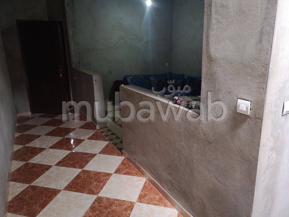 Very nice house for sale in Route de Fez. 3 Master bedroom. Fully equipped kitchen.
