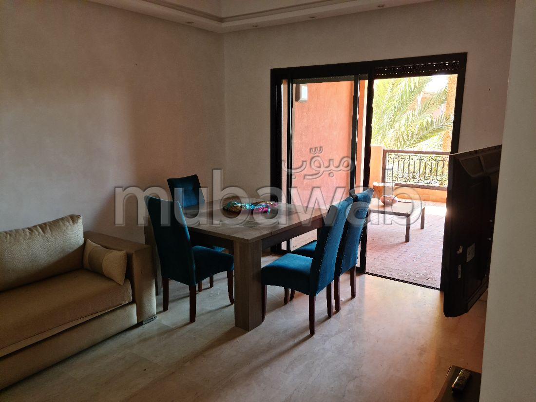 شقة جميلة للكراء بحي الشتوي. المساحة 120 م². مفروشة.