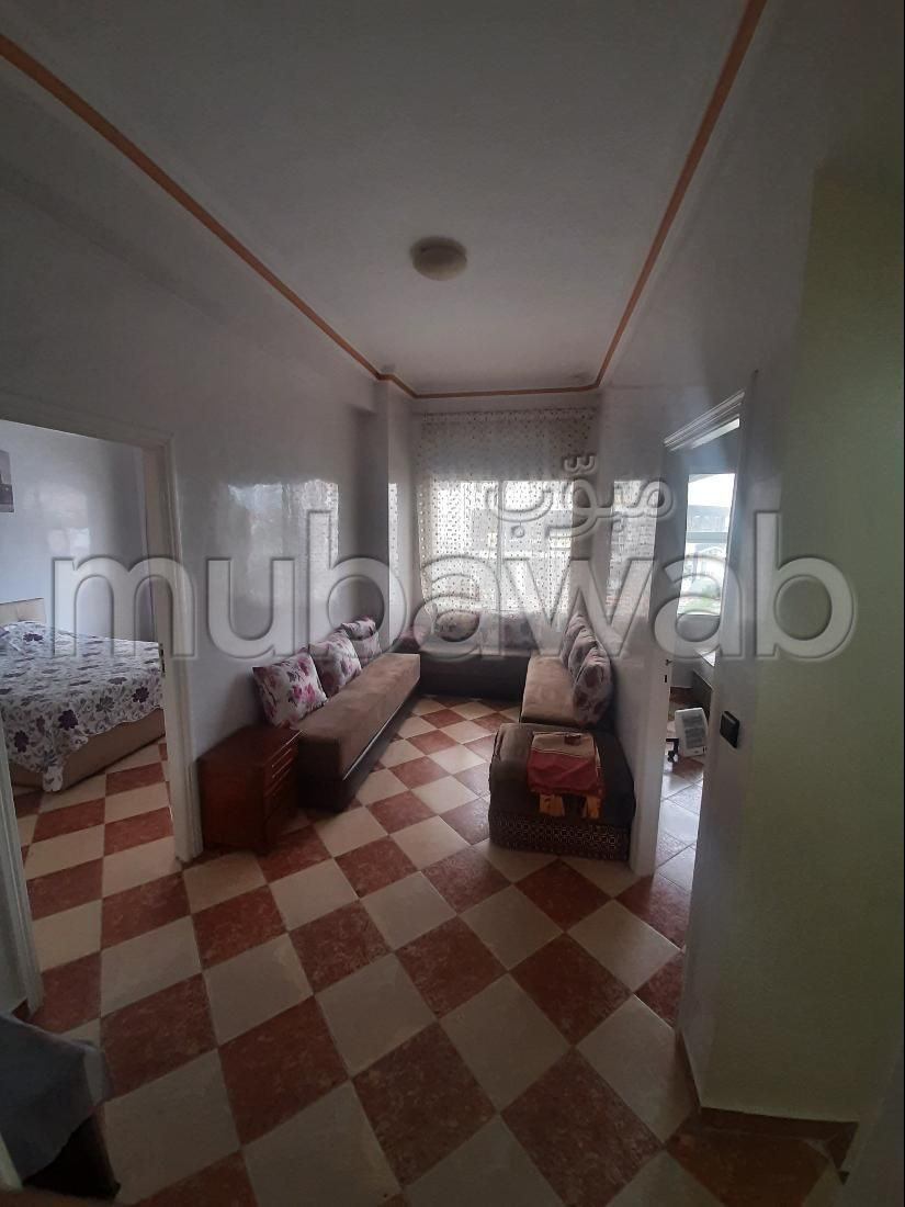Sale of a lovely apartment in Tanger City Center. 2 Small room. caretaker and swimming pool.