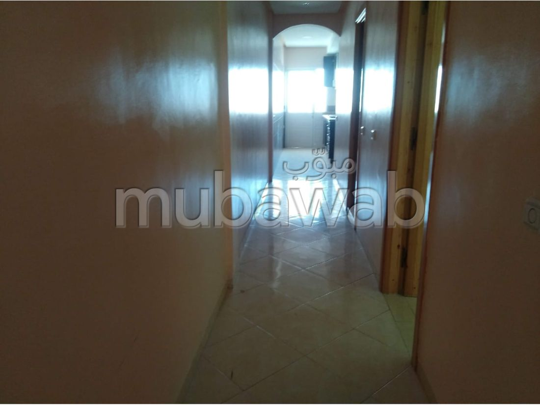 Find an apartment for rent in Hay Mohammadi. 2 beautiful rooms. Quiet sorroundings with mountain view, Secured door.