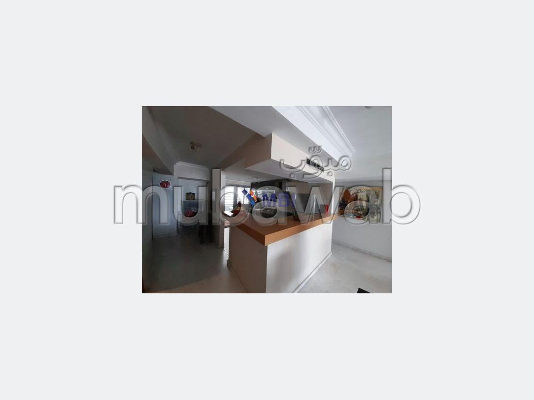 استئجار شقة بطنجة. المساحة 120 م². كراج.