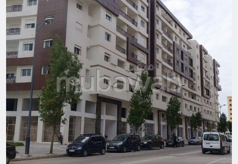 استئجار شقة ب رميلات. المساحة الكلية 50 م².
