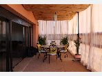 شقة رائعة للايجار بحي الشتوي. 3 قطع رائعة. مفروشة.