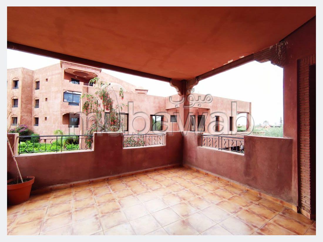 شقة جميلة للكراء بالنخيل. المساحة الإجمالية 120 م². مفروشة.