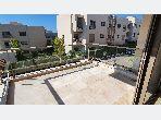 Appartement double façade 2CH avec belle terrasse