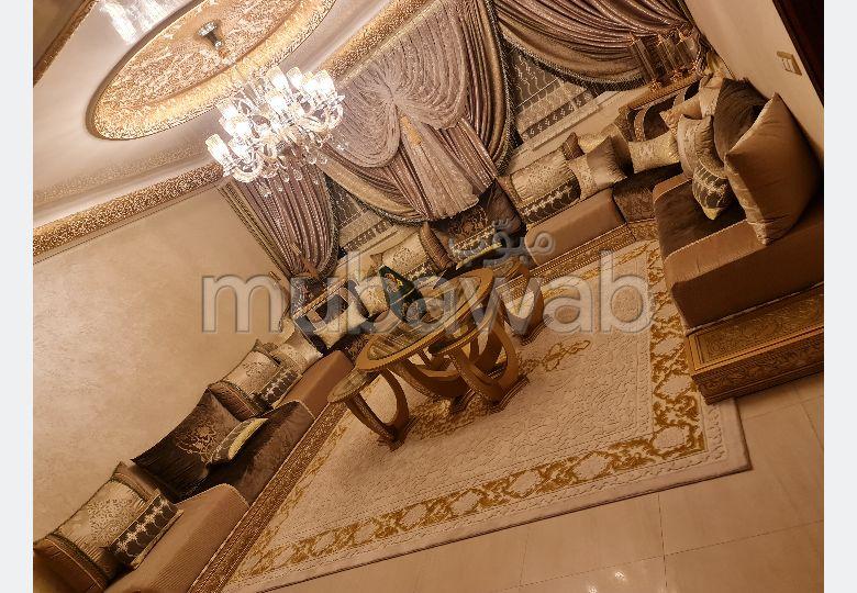 Superbe maison à vendre à Tanja Balia. 7 belles chambres. Antenne parabolique et sécurité