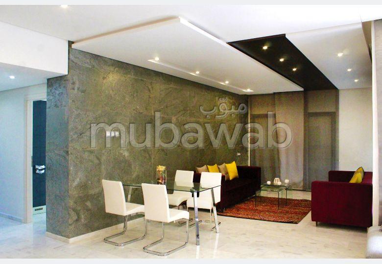 Bonito piso en venta en Centre. Área total 156 m².