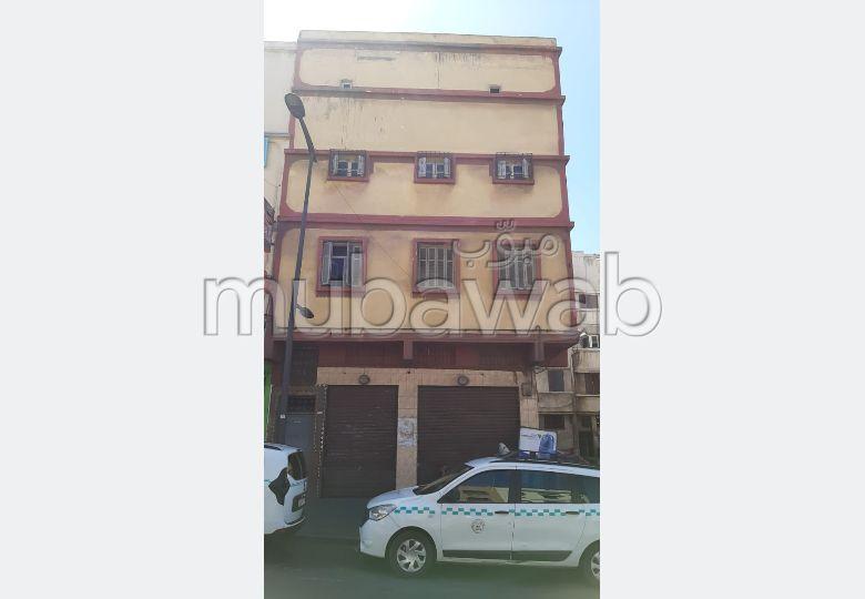 Casa en venta en Hay Mohammadi. 7 Dormitorio. Salón marroquí amueblado, sistema de parábola general.