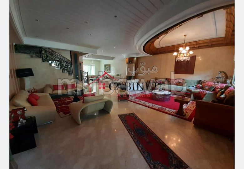 Villa luxueuse meublée en Location à Hassan