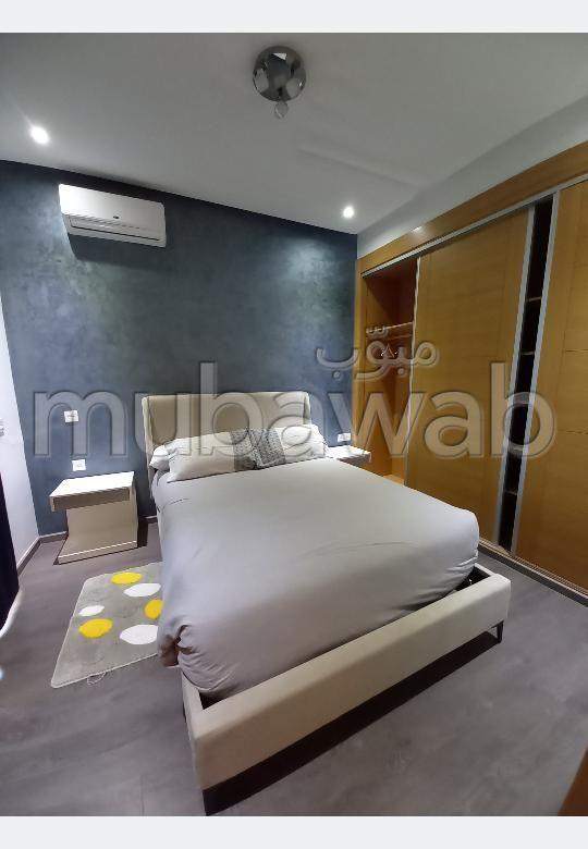 Appartement à louer à Founti. Surface totale 78 m². Bien meublé