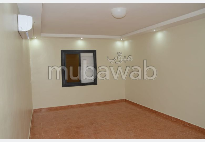 Apartment for rent in Route d'Agadir - Essaouira. Dimension 65 m². General satellite dish system, On site security.
