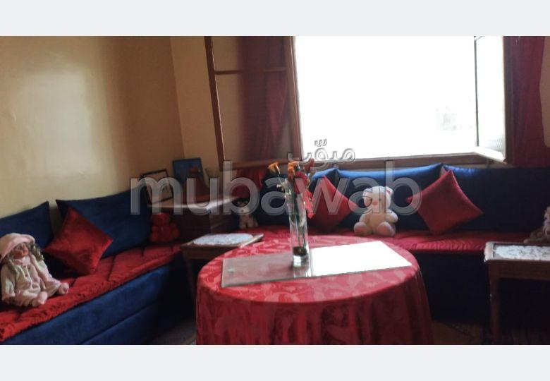 Casa en venta en Hay Moulay Abdellah. 7 habitaciones. Plazas de parking y terraza.
