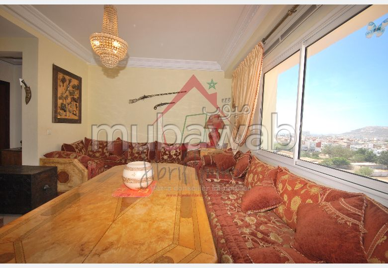 Find an apartment for rent in Abattoirs. Dimension 85 m². Dressing room.
