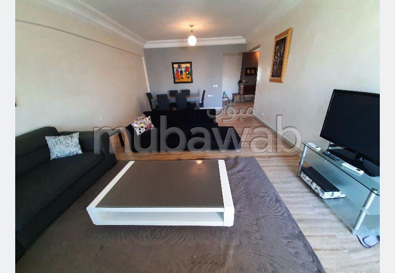 Bel appartement vide ou meublé à Val Fleuri
