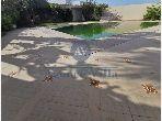 A louer une villa s4 A Gammarth avec piscine