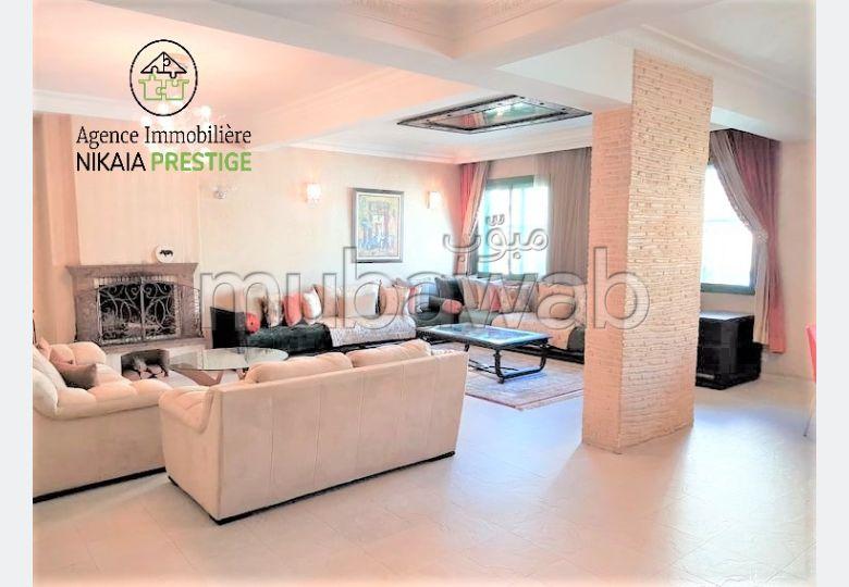 Très Bel Appartement, LUMINEUX, Belles finitions,