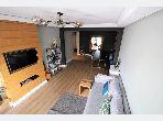 شقة جميلة للبيع بفال فلوري. المساحة 113 م². مصعد وأماكن وقوف السيارات.