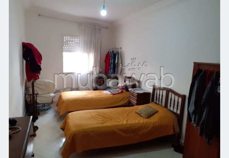 Apartment for sale in Centre. Surface area 209 m². With lift and terrace.