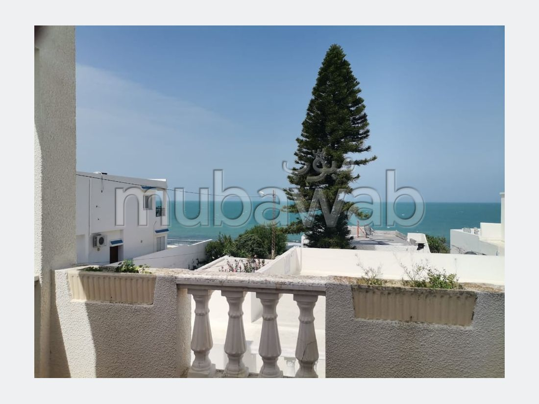 Étage de villa S+3 meublé avec vue mer