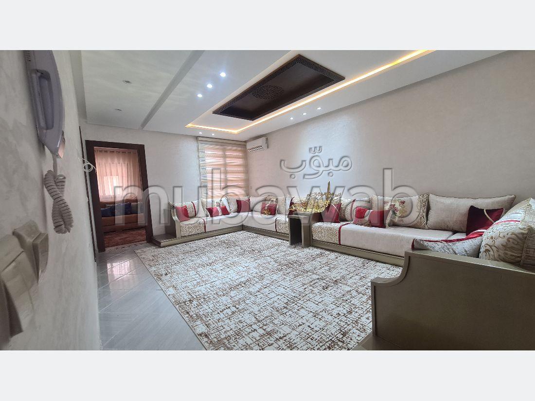 Appartement en vente à Val Fleuri. 3 belles chambres. Porte blindée et résidence sécurisée