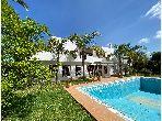 Magnifique villa à vendre au Souissi 4 chambres agréables. Jardin et garage