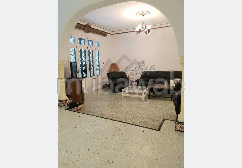 Location maison de vacances à Bizerte. Surface totale 350 m². Meublé