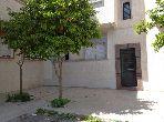 Se vende piso en Route ain Chkaf. 4 Habitacion grande. Salón marroquí amueblado.