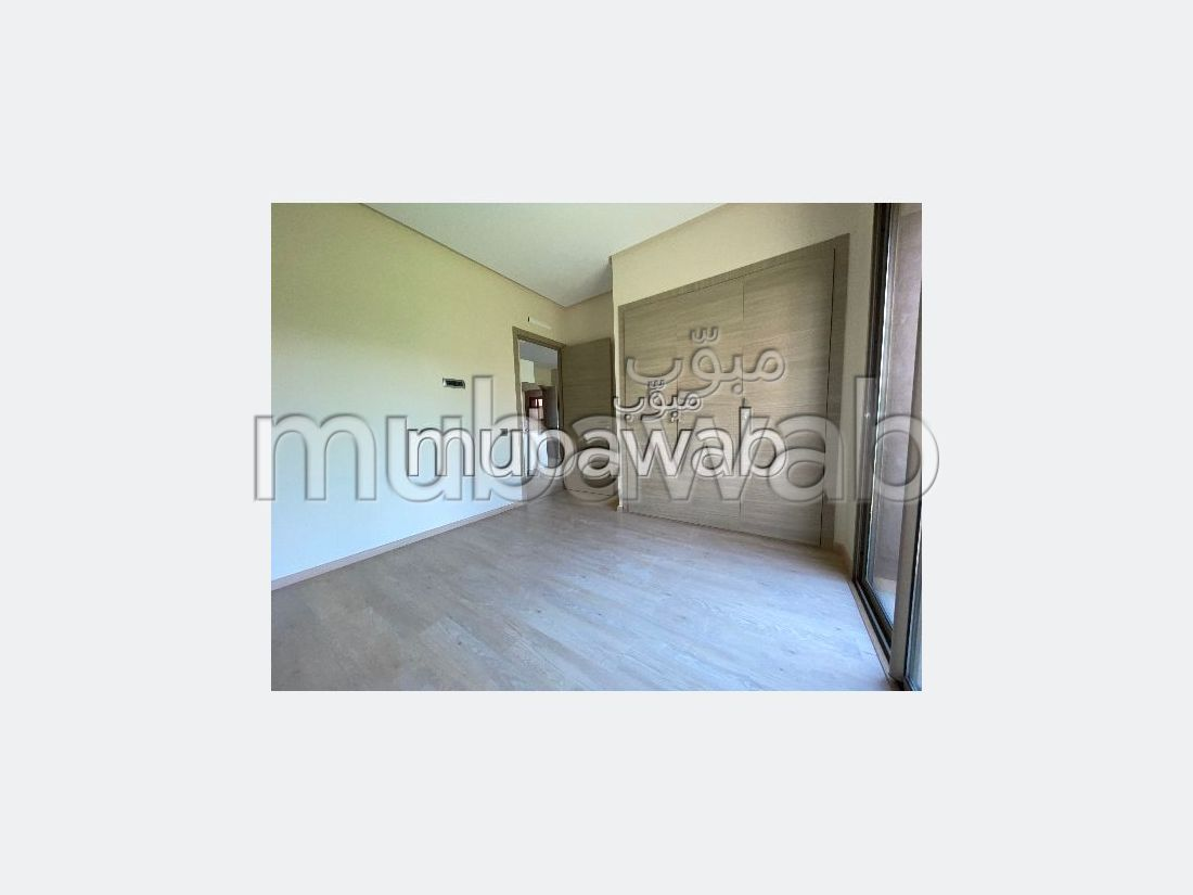 شقة رائعة للايجار بأكدال. المساحة الكلية 55 م². شرفة وحديقة.
