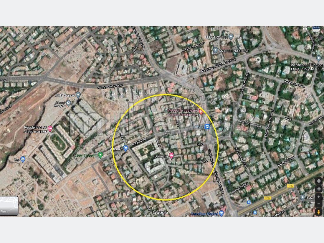 أرض رائعة للبيع بعين الذياب. المساحة 562 م².