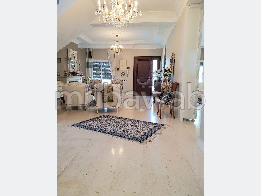 Splendid villa for sale in Bizerte Le Corniche. Surface area 968 m². Exceptional mountain view, Double glazed windows.