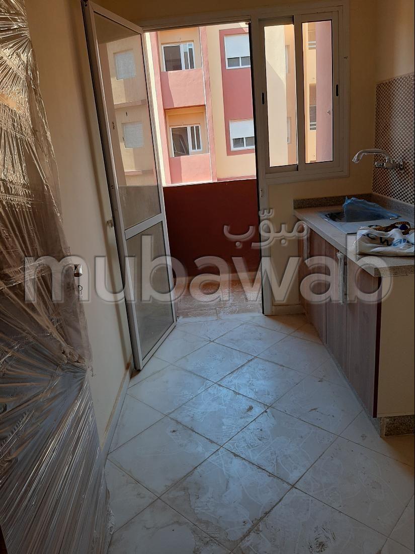 Appartement en location à Route Casablanca. 2 chambres agréables. Avec ascenseur