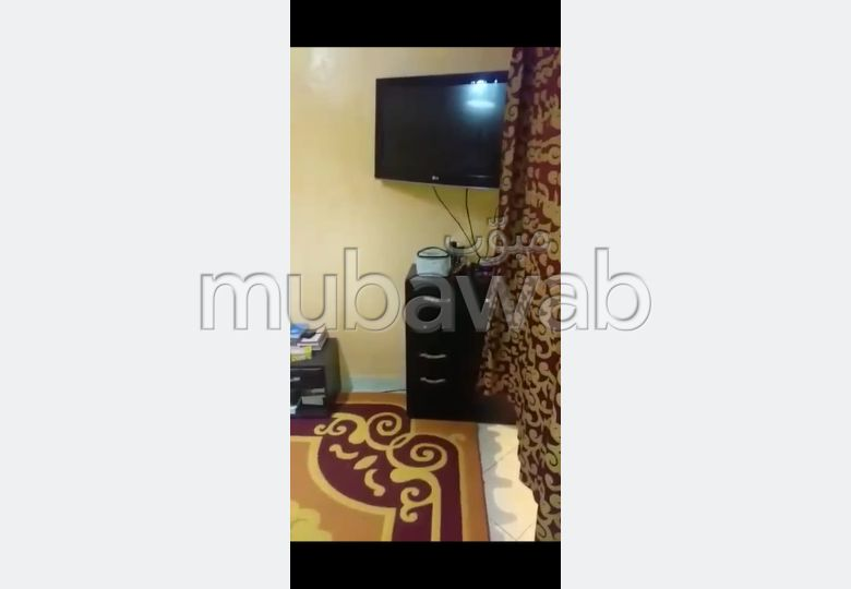 Piso en venta en Mhamid. 2 Dormitorios. Antena parabólica y seguridad.