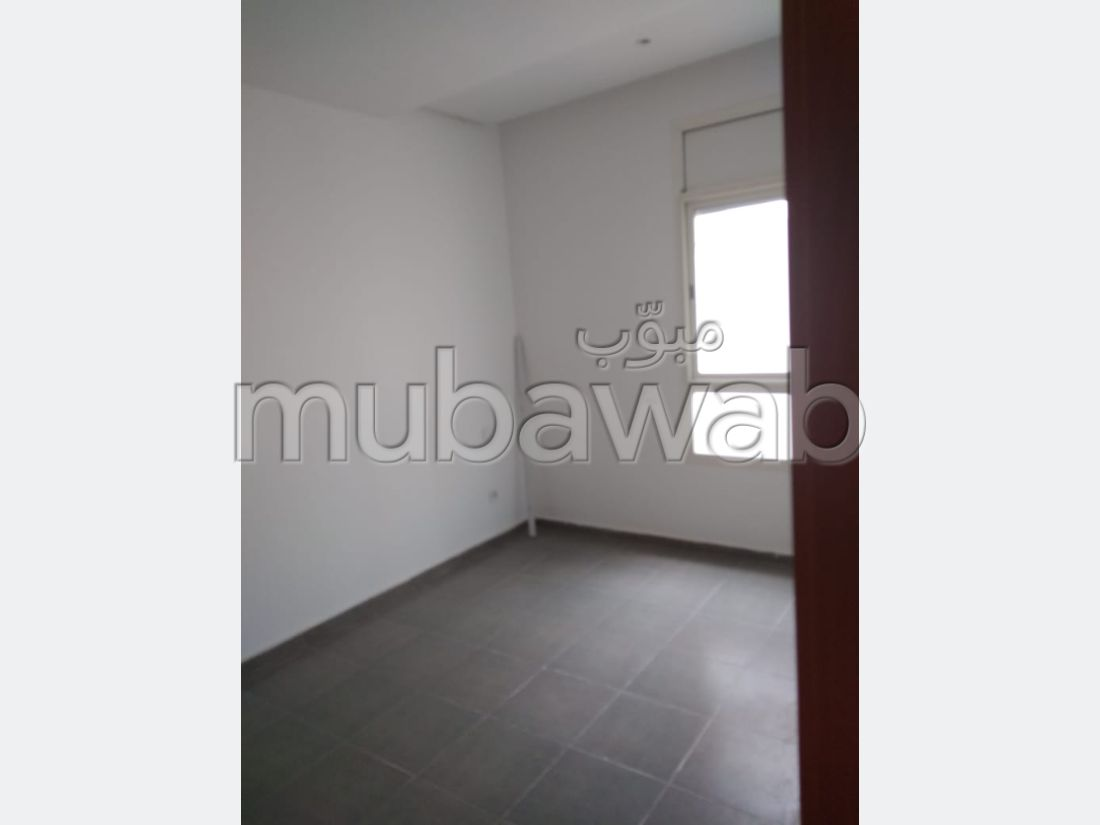 Find an apartment to buy in Tabriquet. Area of 76 m². Residence with Caretaker.