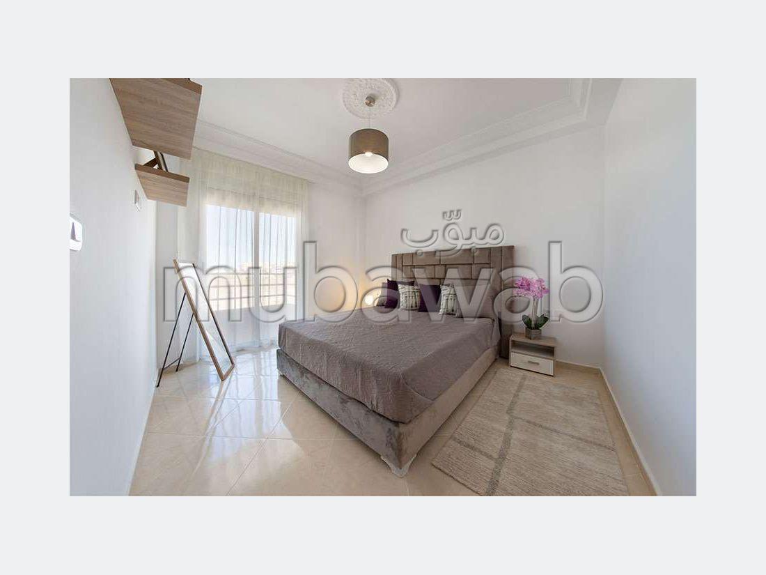 شقة للبيع ب طنجة البالية. 2 غرف رائعة.