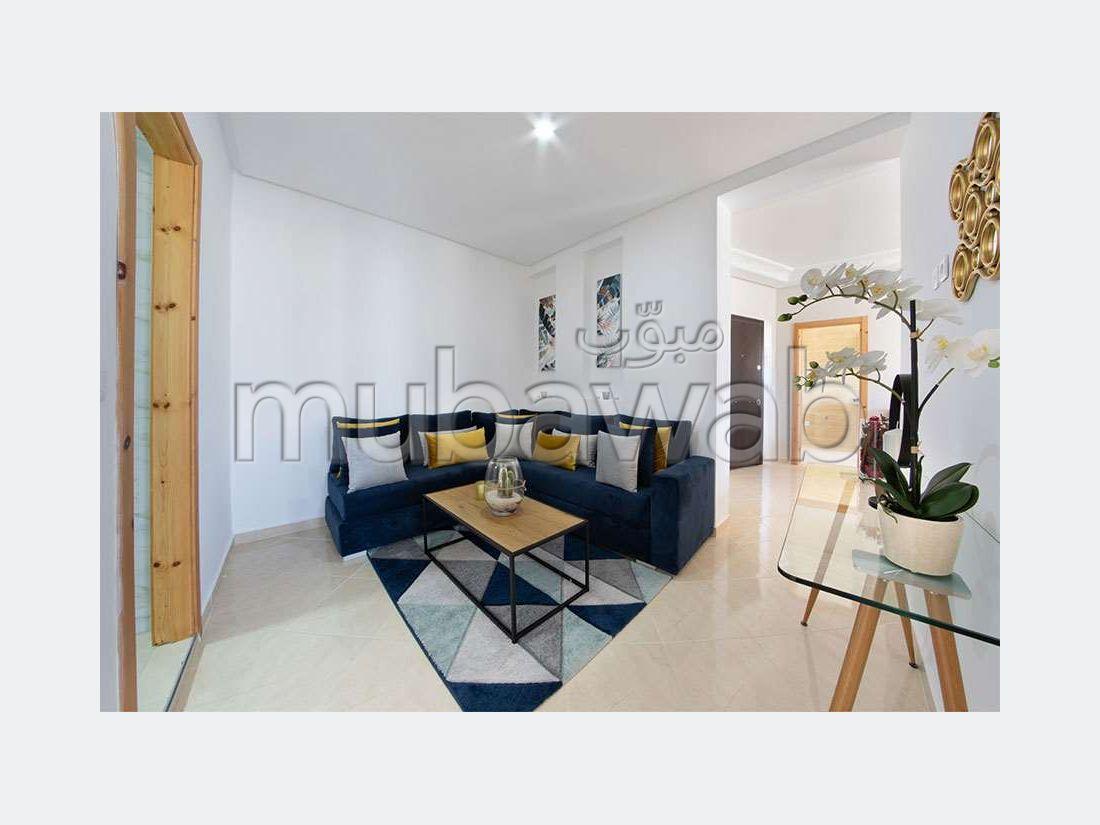 شقة رائعة للبيع ب طنجة البالية. 3 غرف.