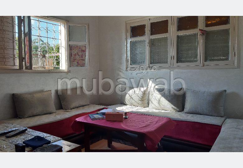 Piso en venta en Hay Moulay Ismail. Area 70 m². Entorno tranquilo con vistas a la montaña.