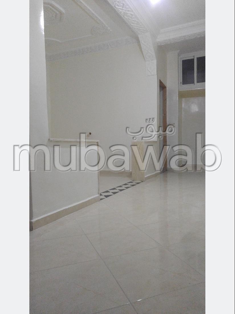 شقة للشراء ب زواغة السفلى. المساحة 50 م².