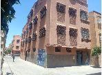 Magnífica casa en venta en Azli. 8 Sala de estar. Plazas de parking y terraza.