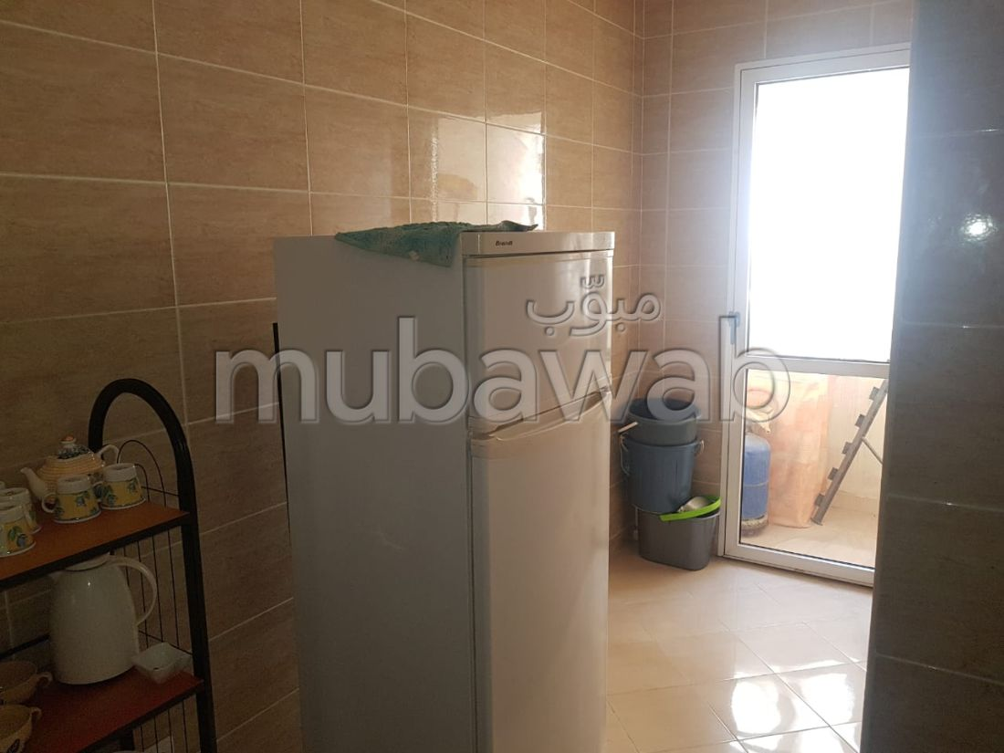 Sale of a lovely apartment in Tanger City Center. Dimension 61 m². Furnished Moroccan living room, General satellite dish system.