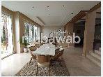Villa de luxe à vendre à Sidi Maarouf. 5 chambres agréables. Salon traditionnel, antenne parabolique générale