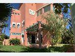 بيع شقة بكليز. المساحة الإجمالية 250 م². مسبح  وخدمة الكونسياج.