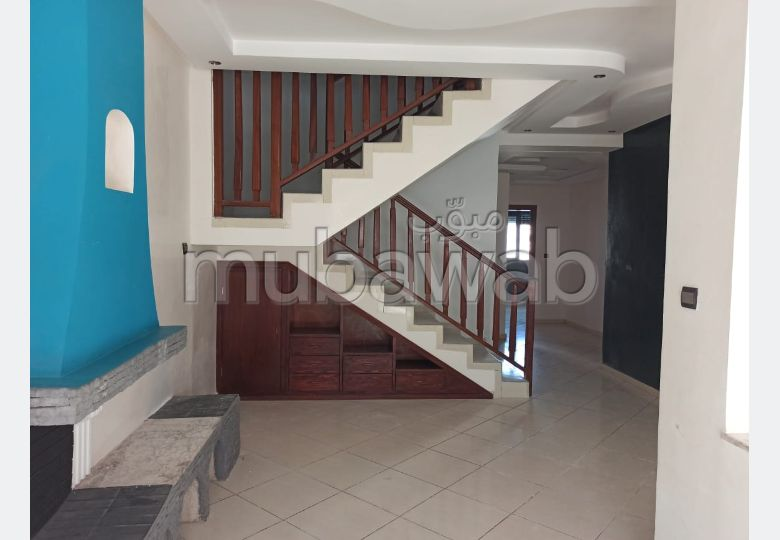 Apartment to purchase in Centre. 4 Surgery. With lift.