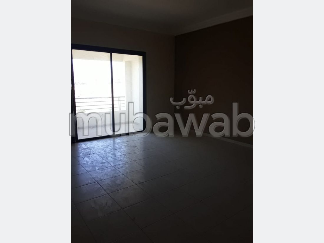 Rent an apartment in Haut Founty. 3 Living room. Fully equipped kitchen.