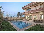 Splendide villa à vendre à Agdal. 5 pièces confortables. Parking et terrasse