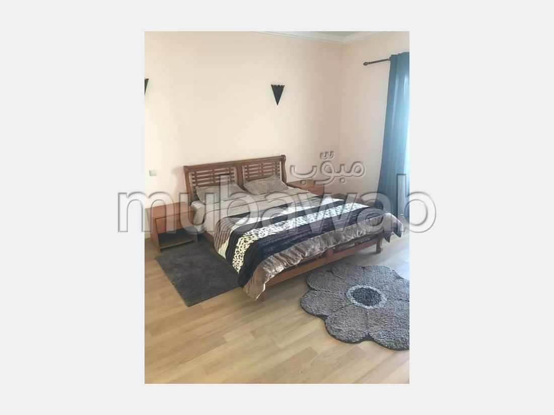 Appartement en location à Guéliz. Superficie 99 m². Bien meublé.