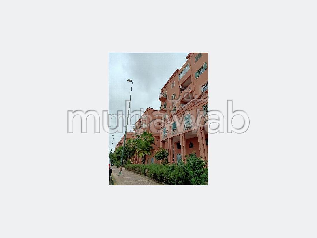 Bel appartement à vendre à Hay Alfadl. 3 grandes pièces. Prestation de conciergerie, air conditionné