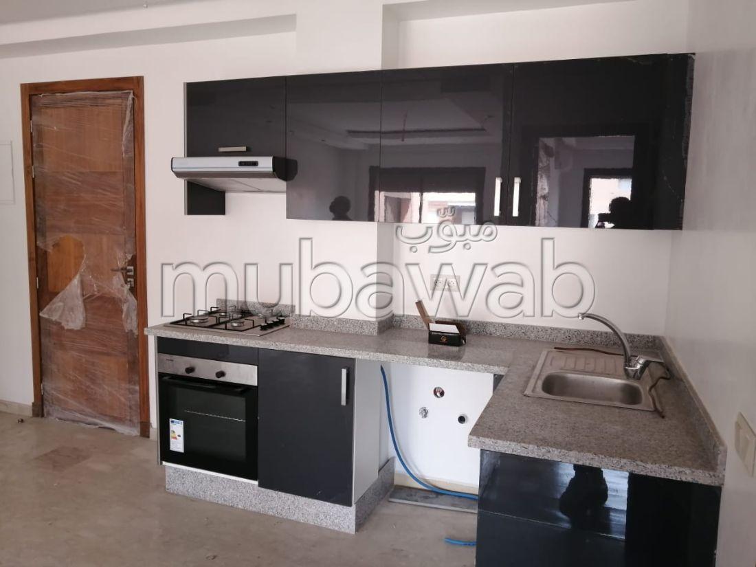 Precioso piso en alquiler en Guéliz. Gran superficie 50 m². Ascensor y garaje.