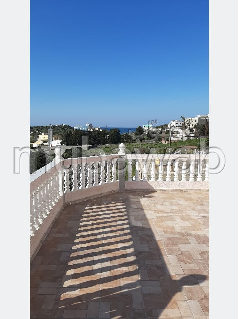 Apartments for rent in Tanja Balia. 5 Common room. Furnishings.