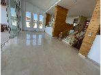 Beautiful villa for rent. Dimension 1800 m². Traditional living room, general satellite dish.