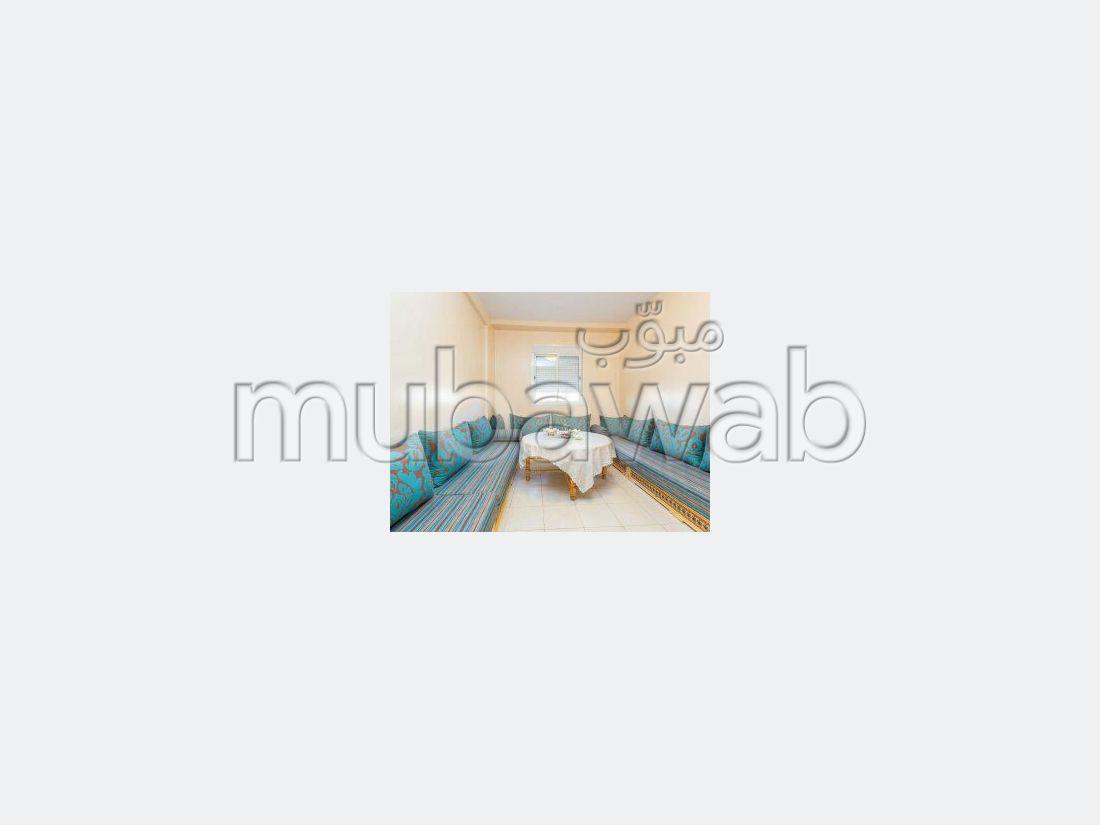 شقة جميلة للكراء ب ابواب مراكش. المساحة الكلية 65 م². مفروشة.